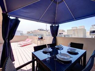 015 Effulgent Sliema 1-bedroom Penthouse - Sliema vacation rentals