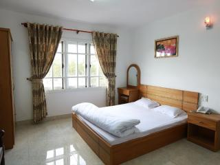 Perfect Bed and Breakfast with A/C and Balcony in Lam Dong Province - Lam Dong Province vacation rentals
