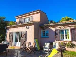 3 bedroom Villa with Internet Access in Bormes-Les-Mimosas - Bormes-Les-Mimosas vacation rentals