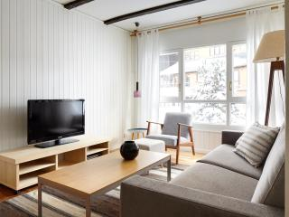 Bonaigua Apartment by FeelFree Rentals - Baqueira Beret vacation rentals