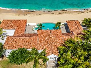 Carisa at Baie Rouge Beach, Saint Maarten - Beachfront, Pool & Jacuzzi, Media Room - Terres Basses vacation rentals