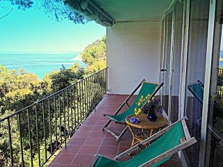 Appartamento con terrazza vista mare - Scaglieri vacation rentals
