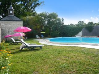 Les Longchamps - historic stone mansion in the Pays de la Loire with private pool – sleeps 16 - Neuille vacation rentals