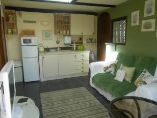 Lovely Chickerell Bungalow rental with Garden - Chickerell vacation rentals