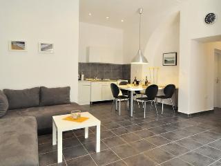 Apartman Spalacun in Split center - Split vacation rentals