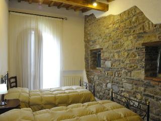 Antico Convento di Montepozzali Paola - Massa Marittima vacation rentals