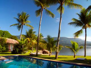 Nice Villa with Internet Access and A/C - Paraty vacation rentals