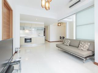 Marina Bay Standard 2 Bed Apt 21 AE - Singapore vacation rentals