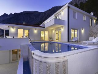 Luxury Villa in Bast with infinity pool - Baška vacation rentals