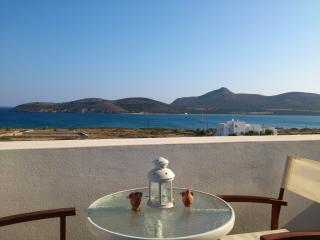 Antiparos luxury apartment 3 - Agios Georgios vacation rentals