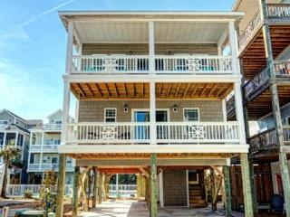 Spacious House with Deck and A/C - Surf City vacation rentals