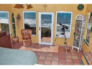 Comfortable 2 bedroom Villa in Gold Beach with Deck - Gold Beach vacation rentals