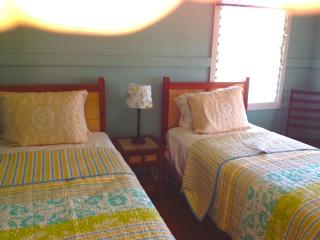 Beautiful House with Deck and Internet Access - Kukuihaele vacation rentals