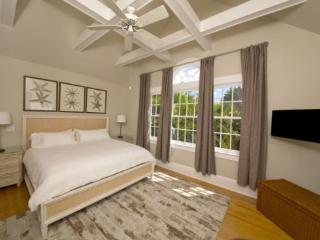 Secret Villa II Newly Listed and Available - Sleeps 6 - Private Pool - Parking - Florida Keys vacation rentals