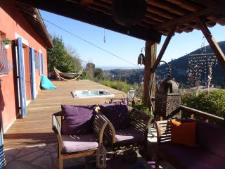 Nice Studio with Internet Access and A/C - Falicon vacation rentals
