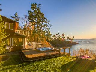 NEWLY LISTED! BEACH ACCESS! HOT TUB! WESTSIDE! - Whale Watch Beach Retreat - Friday Harbor vacation rentals