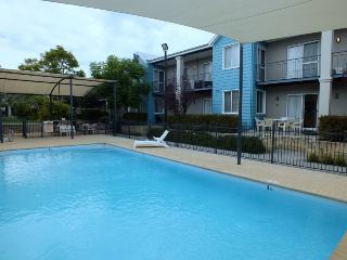 Cozy 3 bedroom House in Mandurah - Mandurah vacation rentals