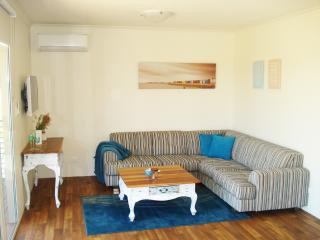 Lovely 2 bedroom House in Baldivis - Baldivis vacation rentals