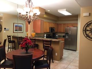 Affordable Luxury, Remodeled Gated Tapatio Cliffs! - Phoenix vacation rentals