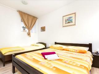 Apartment Blazevic - Split vacation rentals
