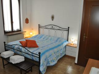 Cozy 2 bedroom Pavia Bed and Breakfast with Internet Access - Pavia vacation rentals
