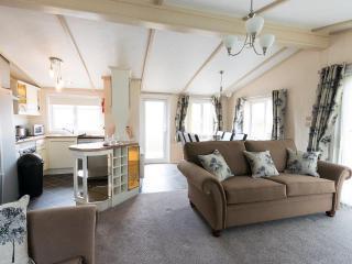 Sunset Park - Oak Lodge - Poulton Le Fylde vacation rentals