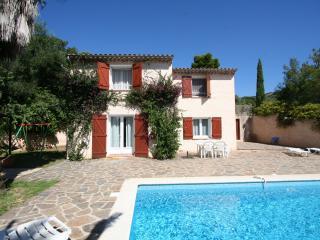 Bright 4 bedroom Villa in Bormes-Les-Mimosas - Bormes-Les-Mimosas vacation rentals