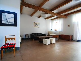 2 bedroom House with Internet Access in Milis - Milis vacation rentals