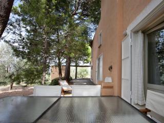 Cozy 2 bedroom Rivabella Apartment with Parking - Rivabella vacation rentals