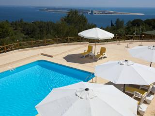 Bedroom with sea view - Setubal vacation rentals