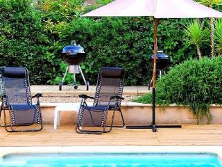 Villa for your holiday to France with private pool sleeps 8 - Roujan vacation rentals
