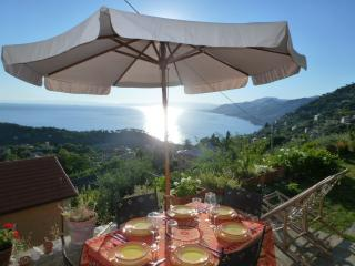 Cozy 2 bedroom Bed and Breakfast in Camogli - Camogli vacation rentals
