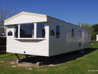 SP Holidays 8 Berth Holiday home - Weymouth vacation rentals