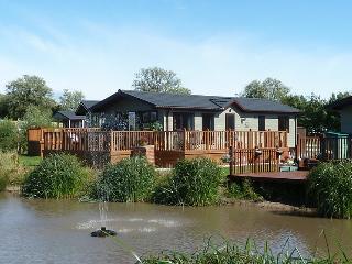 Sunset Park - Mallard Lodge - Poulton Le Fylde vacation rentals