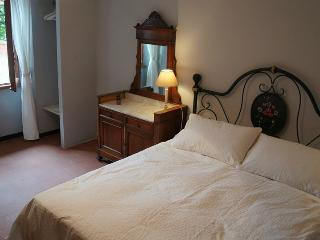 LAKSHMI DOUBLE ROOM - Campagnano di Roma vacation rentals