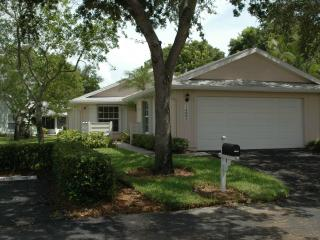 vacation bungalow in gated community - Fort Myers vacation rentals