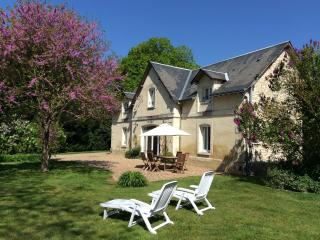 Nice Cottage with Internet Access and Dishwasher - Richelieu vacation rentals
