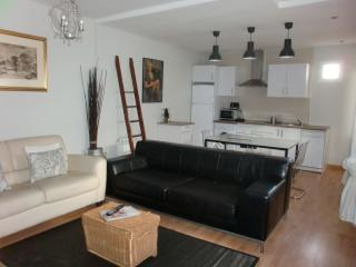 Gran Via Sol Valverde V - Madrid vacation rentals