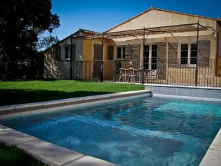 3 bedroom Cottage with Deck in Loriol-du-Comtat - Loriol-du-Comtat vacation rentals