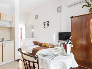 Charming Studio with Internet Access and A/C - Trogir vacation rentals