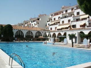 LAS FUENTES ARCOS - Apartamento 2/4 estandar - Alcossebre vacation rentals