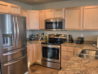 FALL SPECIAL.  Stay 3 nights for the price of 2! - Ocean Shores vacation rentals