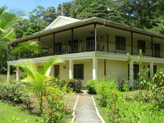 Eco-sustainable Seashore Island Retreat - Isla Bastimentos vacation rentals