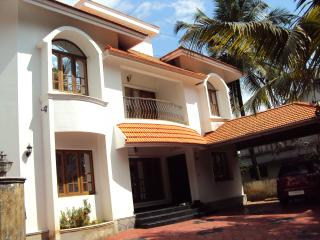 Bougainville- Fully Furnished Bungalow@ Vazhakkala - Kochi vacation rentals