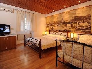 Cozy Split Studio rental with Internet Access - Split vacation rentals