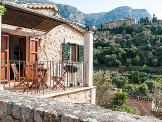 GALERA - Property for 6 people in Deia - Deia vacation rentals