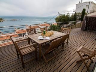 Rodas I - Roses vacation rentals