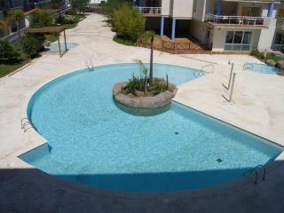 Comfortable 2 bedroom Condo in Roses - Roses vacation rentals