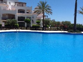 Perfectly located with pool, golf, mountain views - Murcia vacation rentals