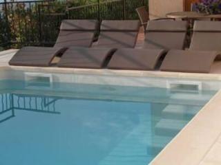 Cannes-Mandelieu Villa, secure pool - Mandelieu La Napoule vacation rentals